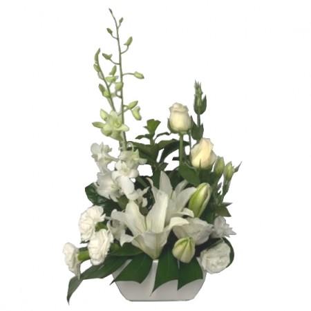 flower-arrangement-Vogue-in-a-vase-Alyce