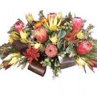 vogue-in-a-vase-native-flower-arrangment 2